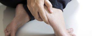 Dor no calcanhar pode ser esporão calcâneo – Entenda o que é e saiba como se prevenir